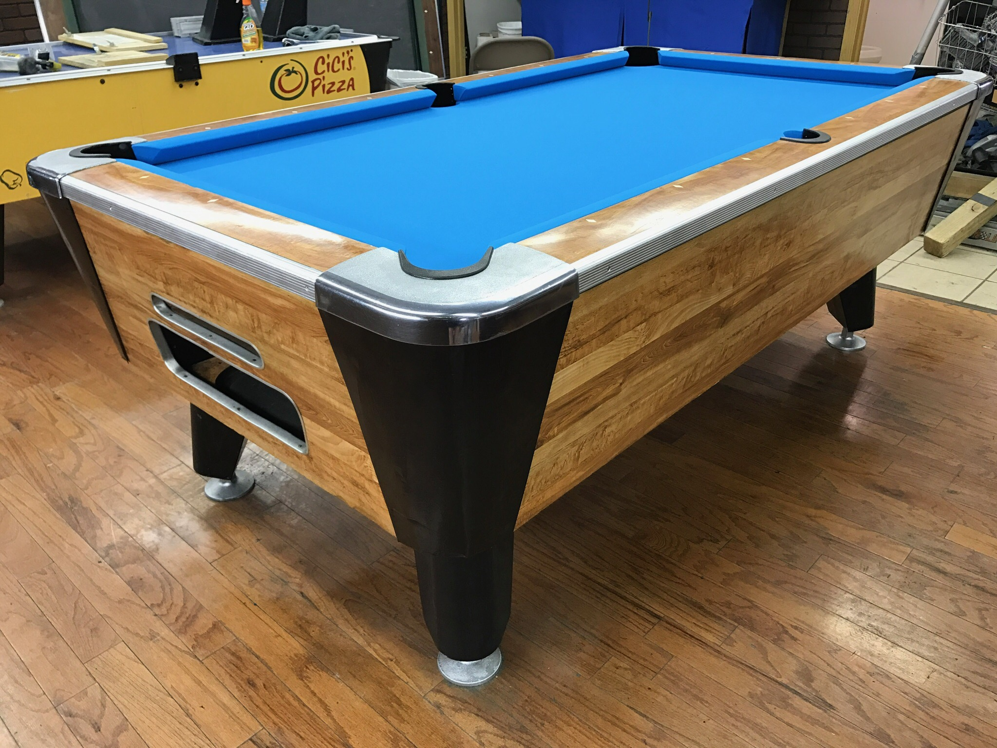 Table Valley Used Coin Operated Pool Table Used Coin - Valley coin operated pool table