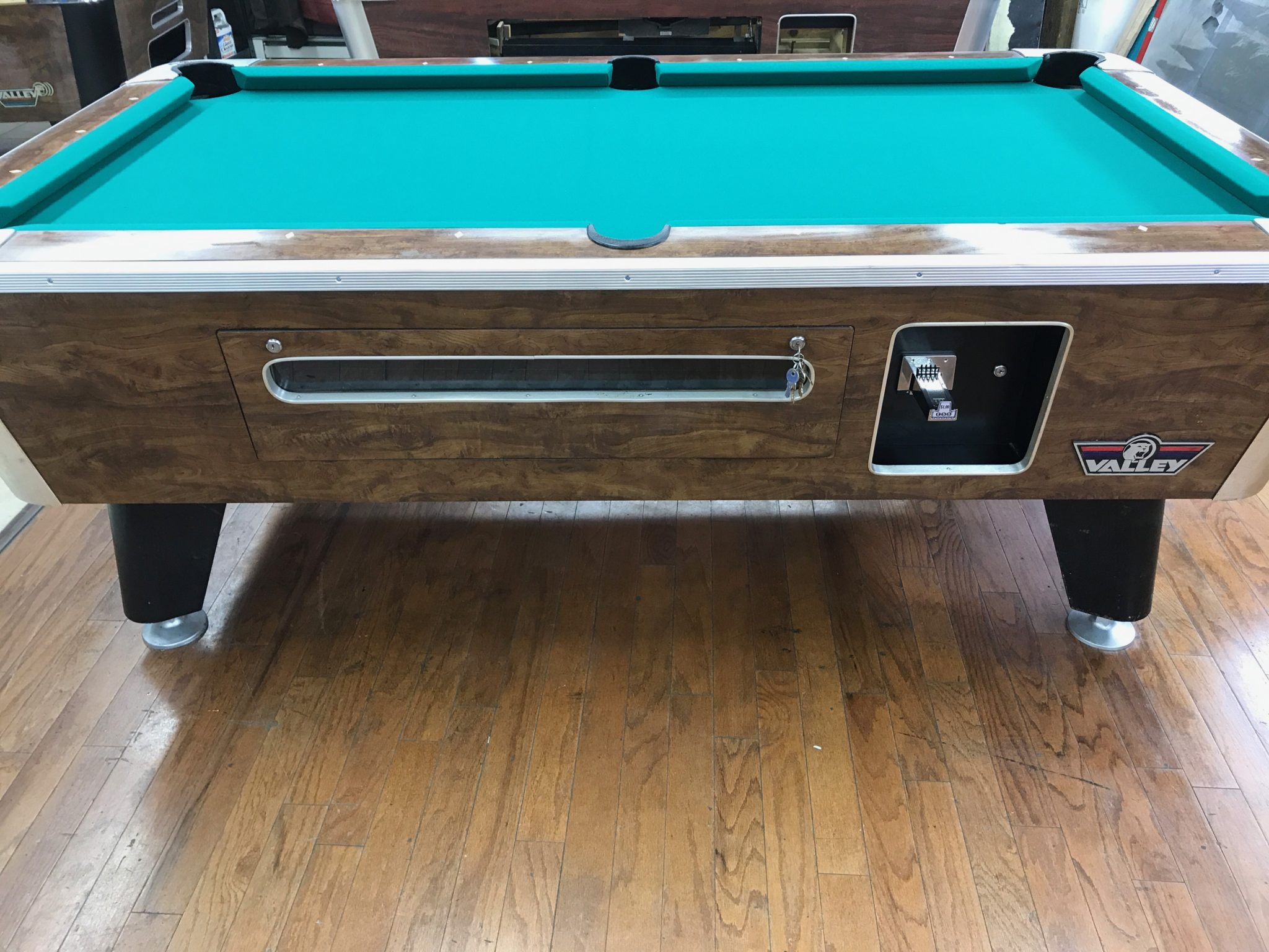 Used Coin Operated Pool Tables Genesis Global Trading - Dynamo coin operated pool table